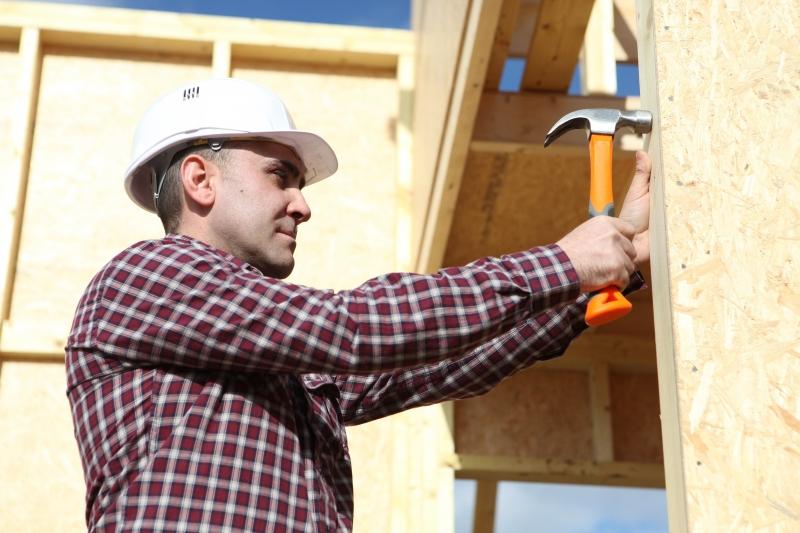 carpenter-with-hammer